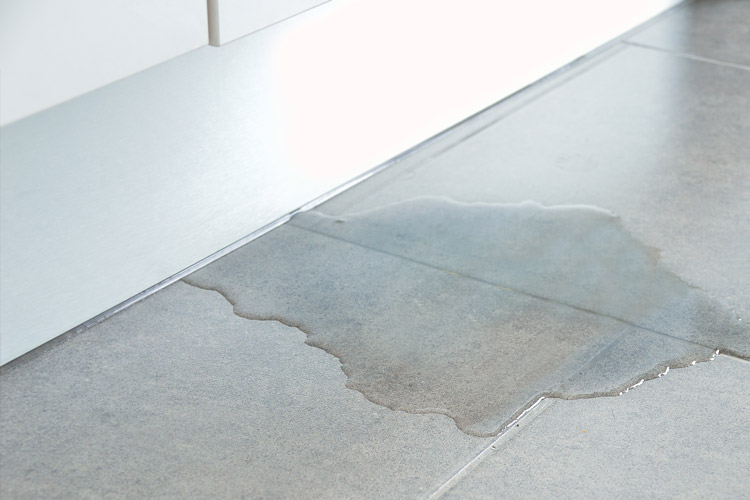 5-ways-water-can-damage-your-tile-floors